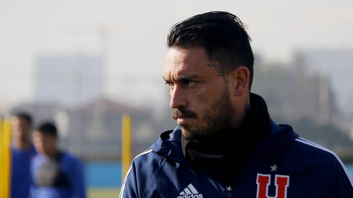 Sifup señala que Pinilla es jugador libre tras despido de la U y que derechos nunca fueron de Colón
