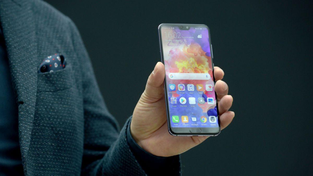 Huawei da el golpe a Apple y lo supera por primera vez en ventas de teléfonos inteligentes