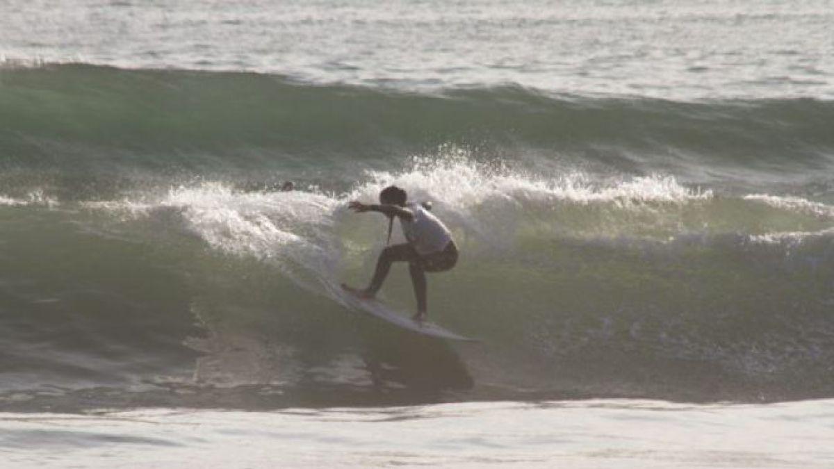 La joven promesa chilena que se enteró por Instagram de su participación en Mundial de Surf