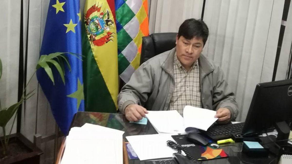 Bolivia: Detienen a diputado en estado de ebriedad que se desnudó en aeropuerto
