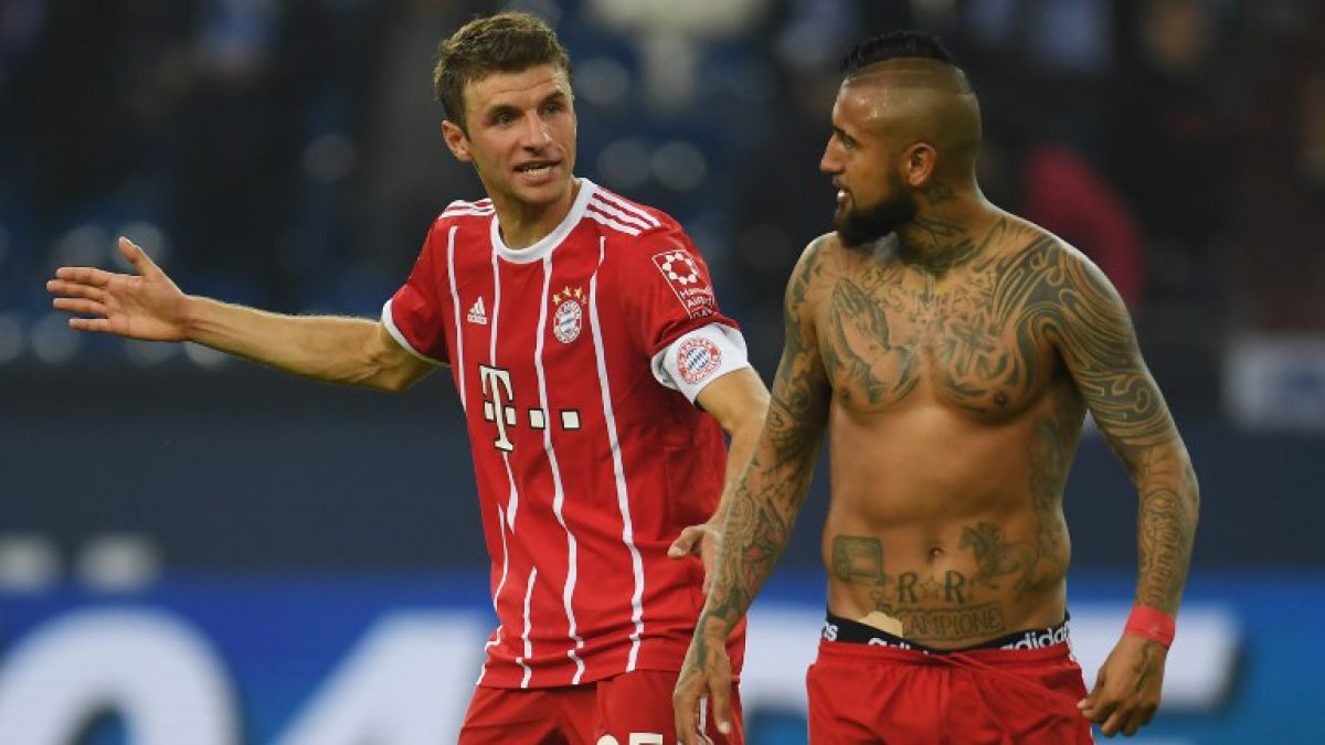 Con hat-trick de Lewandowski, Bayern golea al Frankfurt