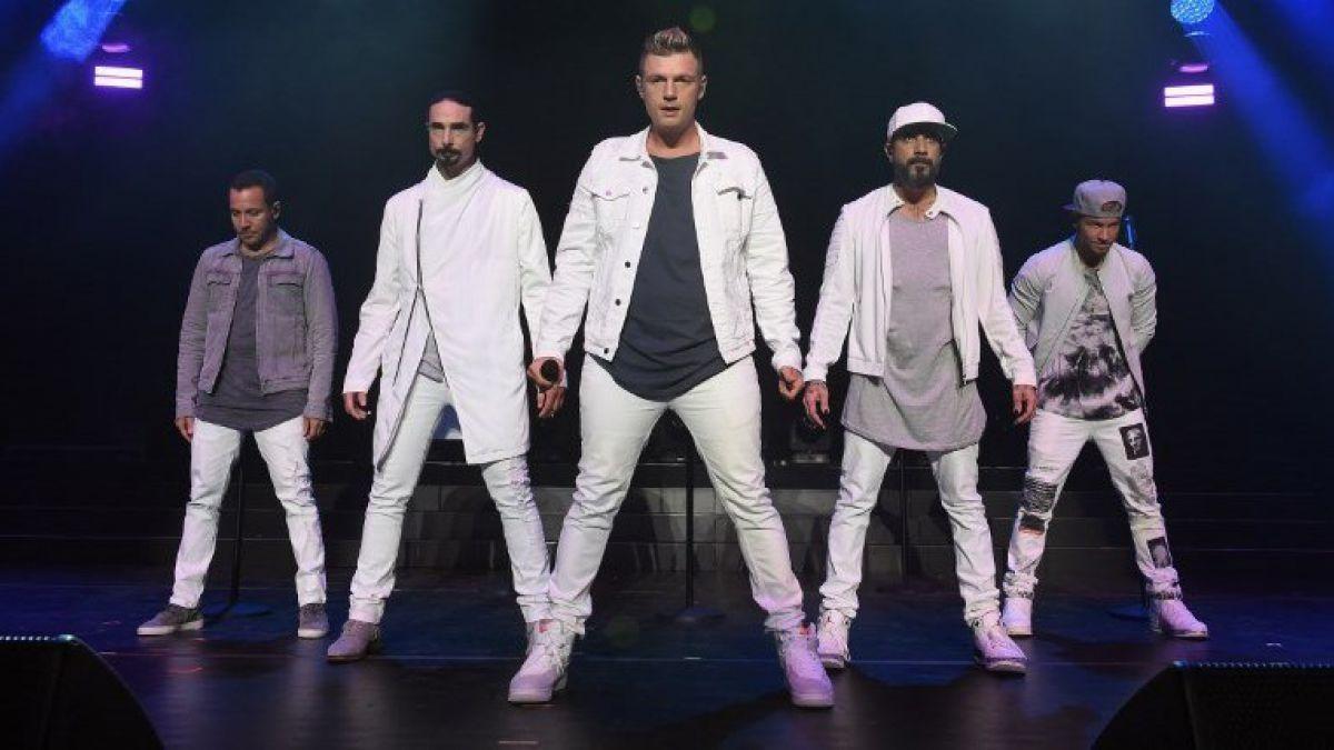 Suman 14 fans heridos en concierto de Backstreet Boys
