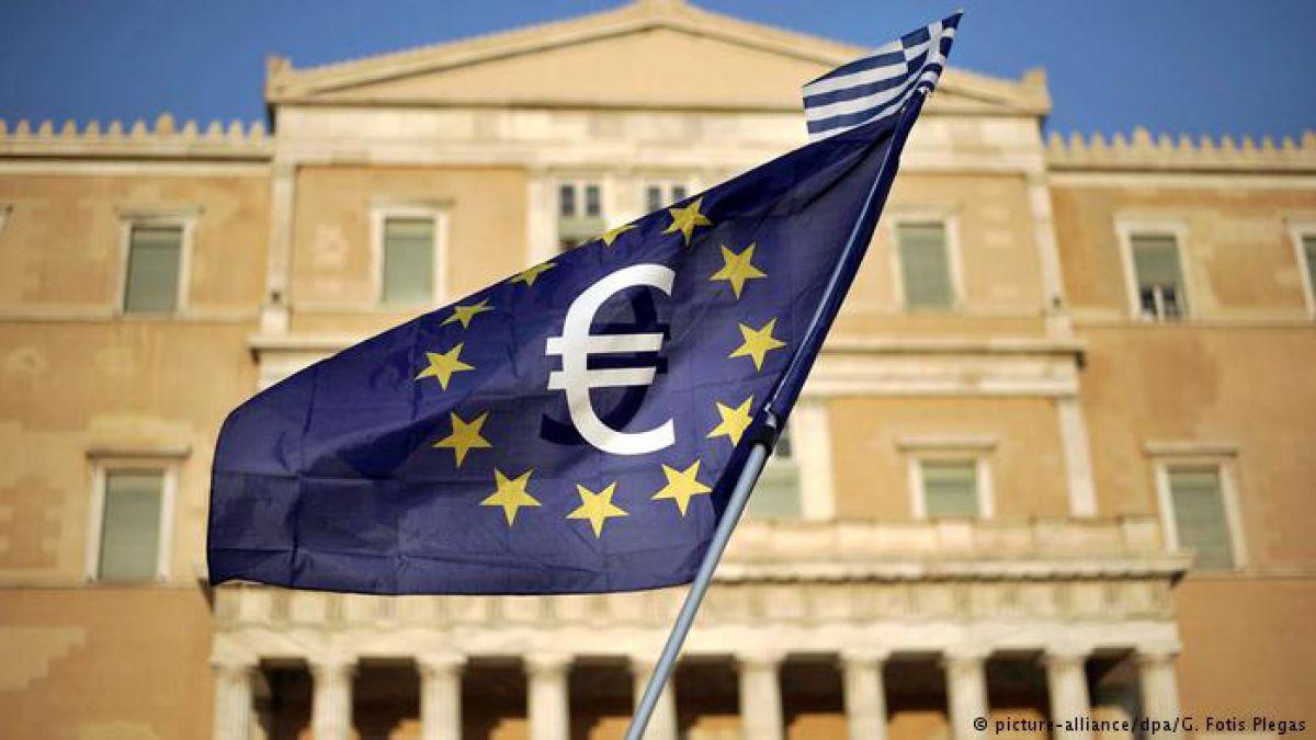 Grecia respira por fin libre de un rescate sin precedentes