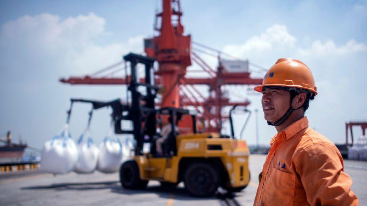 Comienza disputa comercial con nuevos aranceles en productos entre China y EEUU