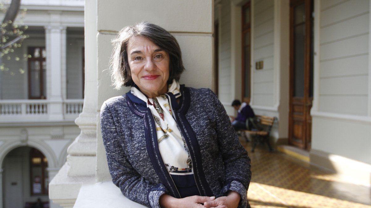 Sol Serrano se convierte en la primera mujer en obtener el Premio Nacional de Historia