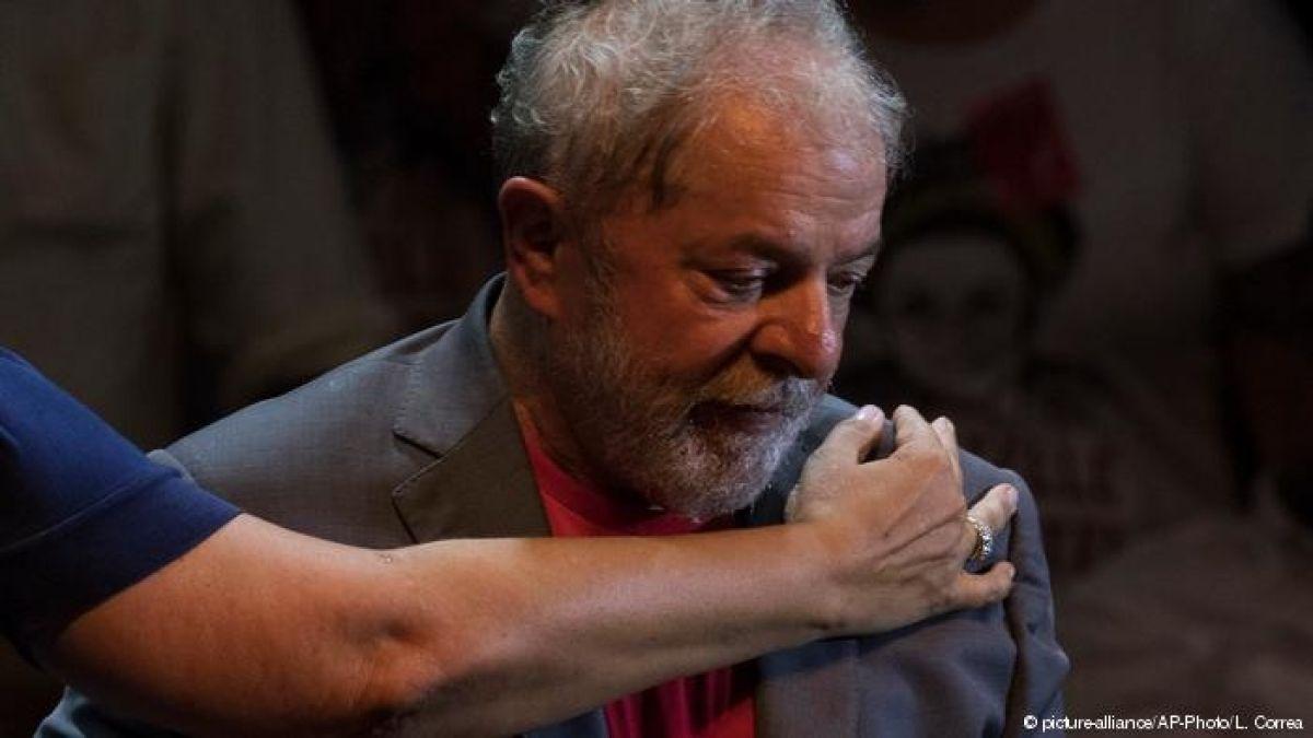 Tribunal da ultimátum para que se suspenda la propaganda electoral de Lula da Silva