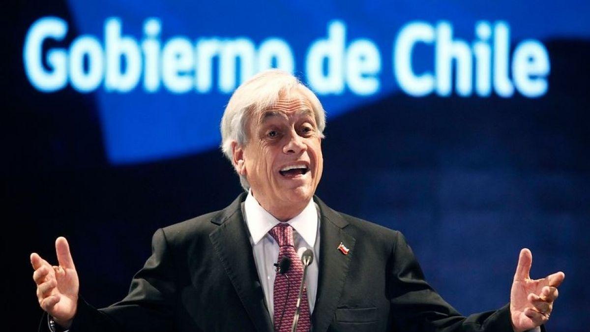 Cadem: Evaluación negativa a Piñera superó por primera vez su aprobación