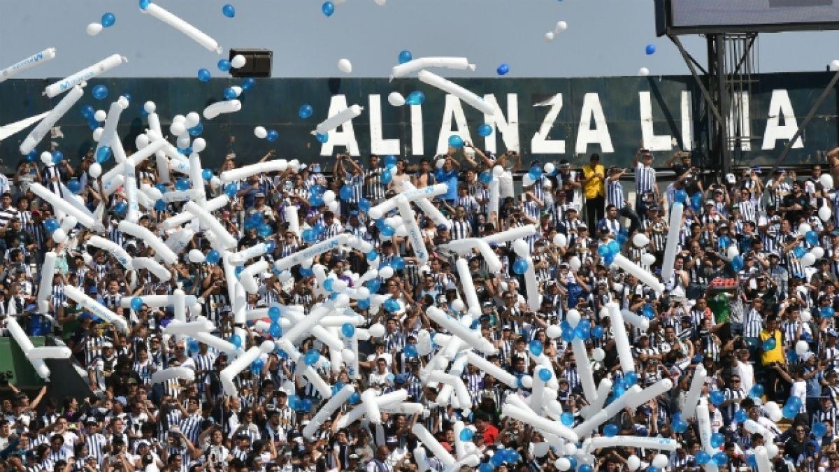 [VIDEO] Evangélicos y barristas chocan a golpes por estadio de Alianza Lima