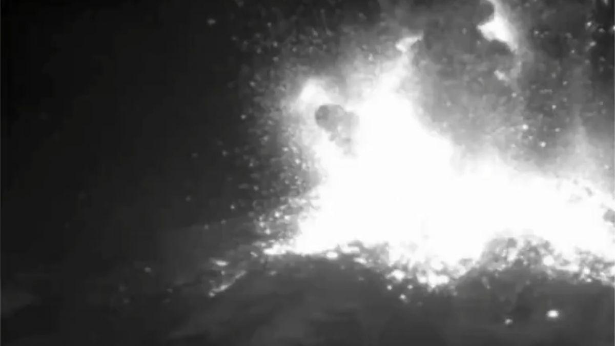[VIDEO] Así fue la explosión que destruyó parte del domo del complejo volcánico Nevados de Chillán