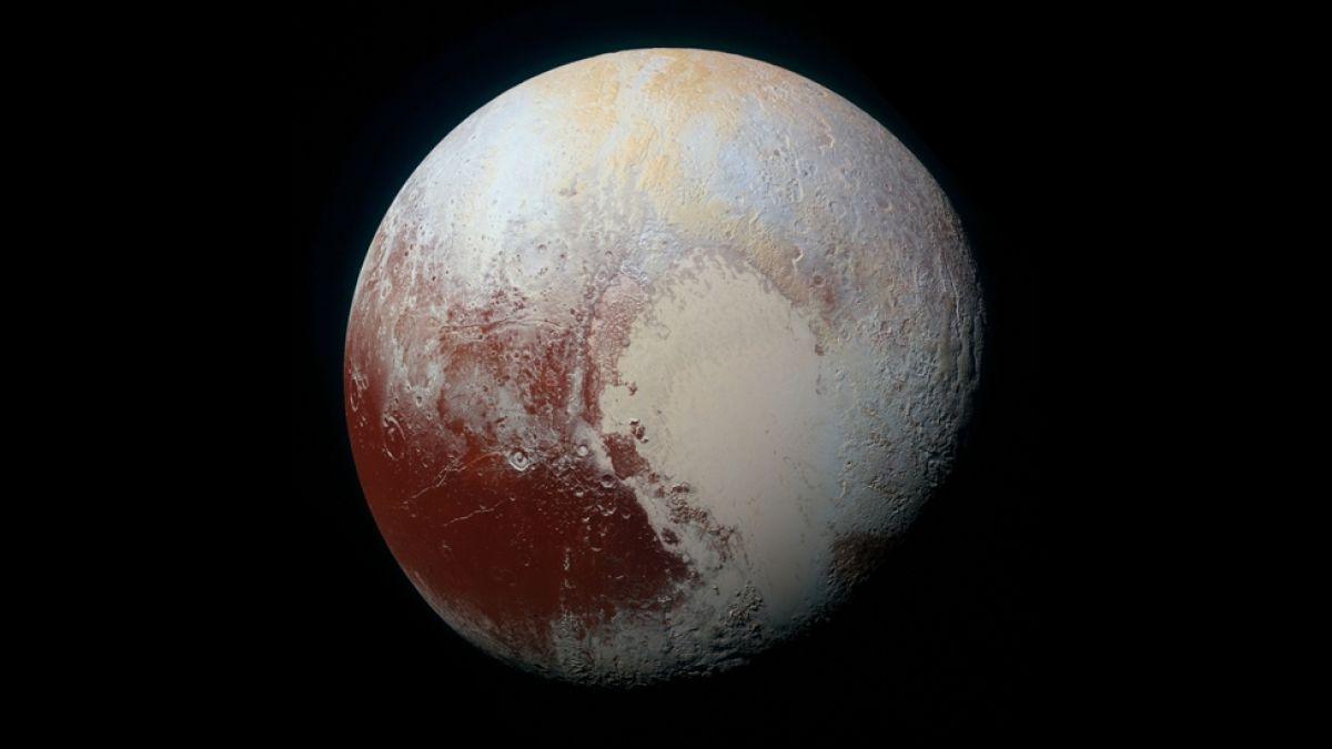 Es absurdo: Las críticas de un astrónomo a la decisión de no considerar a Plutón como un planeta