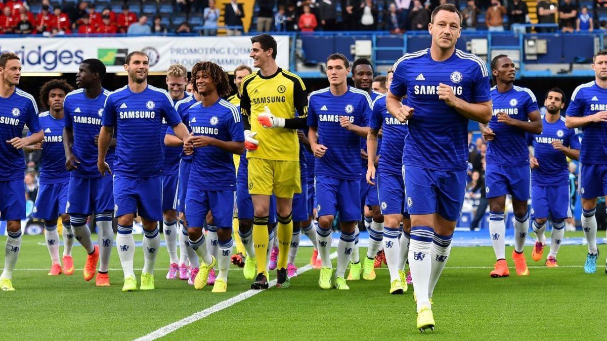 FIFA estudia revolución al sistema de traspasos e incluiría un límite de jugadores cedidos