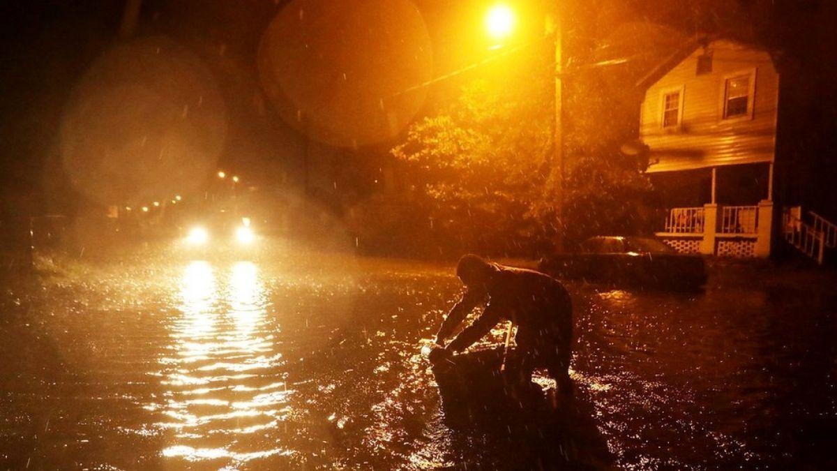 Temido huracán Florence comienza a golpear costa este de Estados Unidos como ciclón de categoría 1