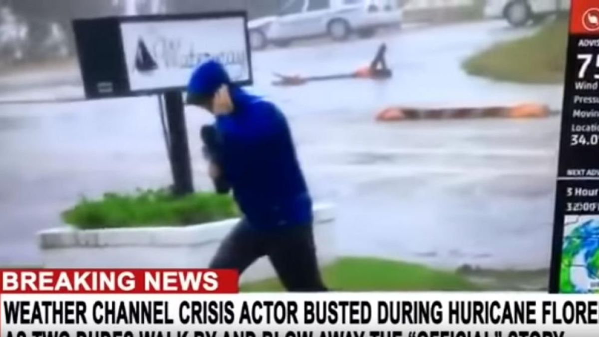 [VIDEO] La exageración de un periodista durante el Huracán Florence que no pasó desapercibida