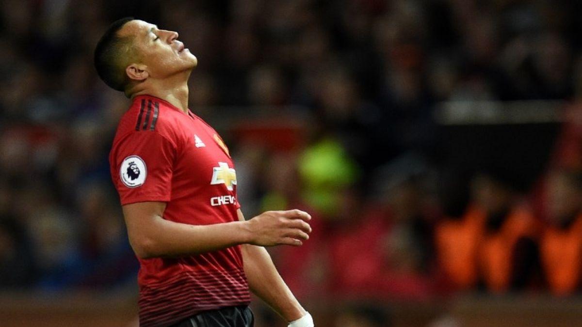Manchester United golea en su debut de Champions League con Alexis en la banca