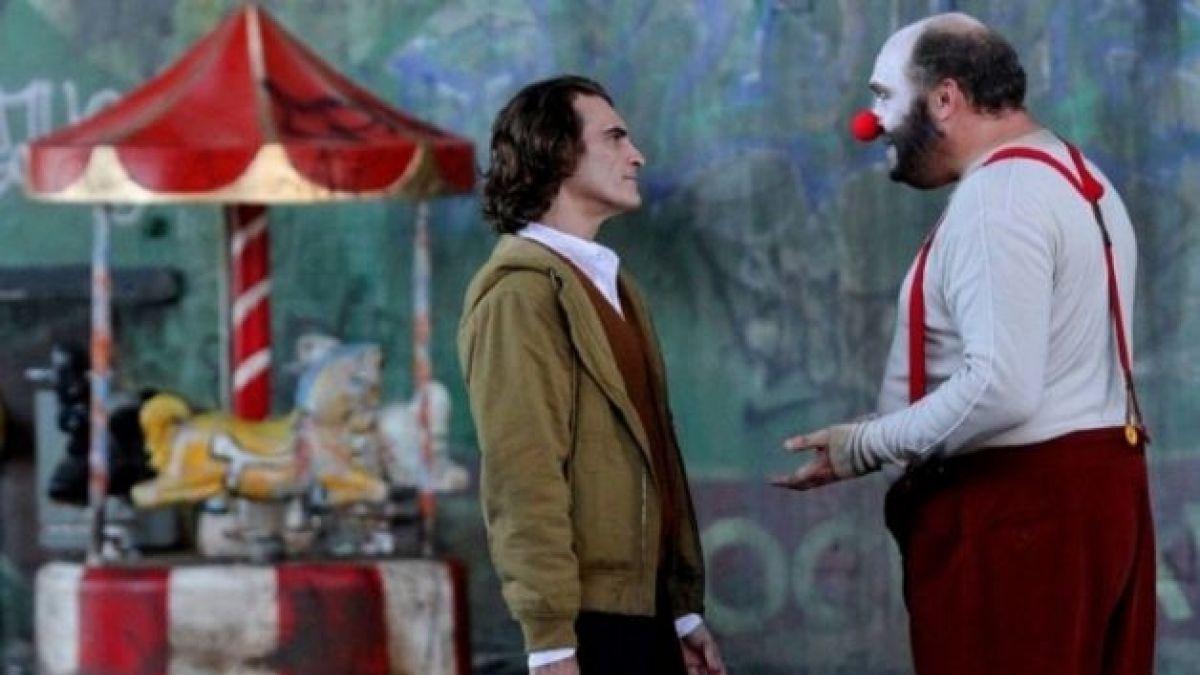 Así se ve oficialmente Joaquin Phoenix maquillado como The Joker