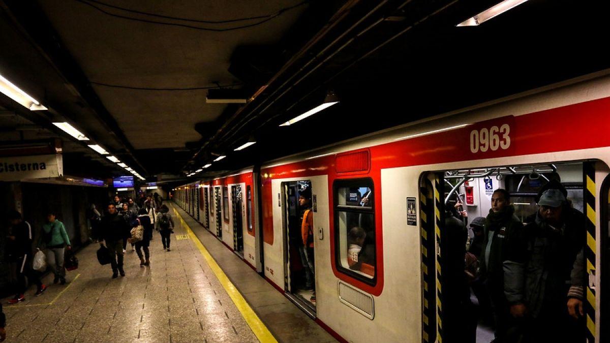 Metro y autoridades evalúan plan para evitar casos de acosos