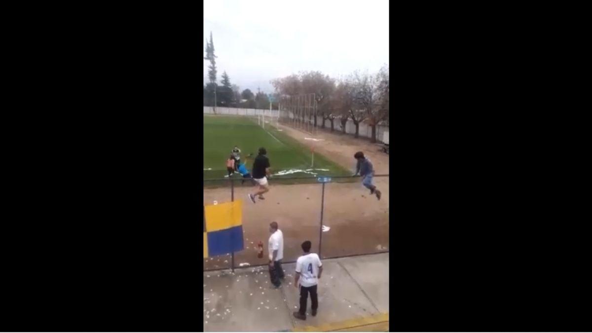 [VIDEO] Partido de Tercera División A termina con un hincha apuñalado en Rengo