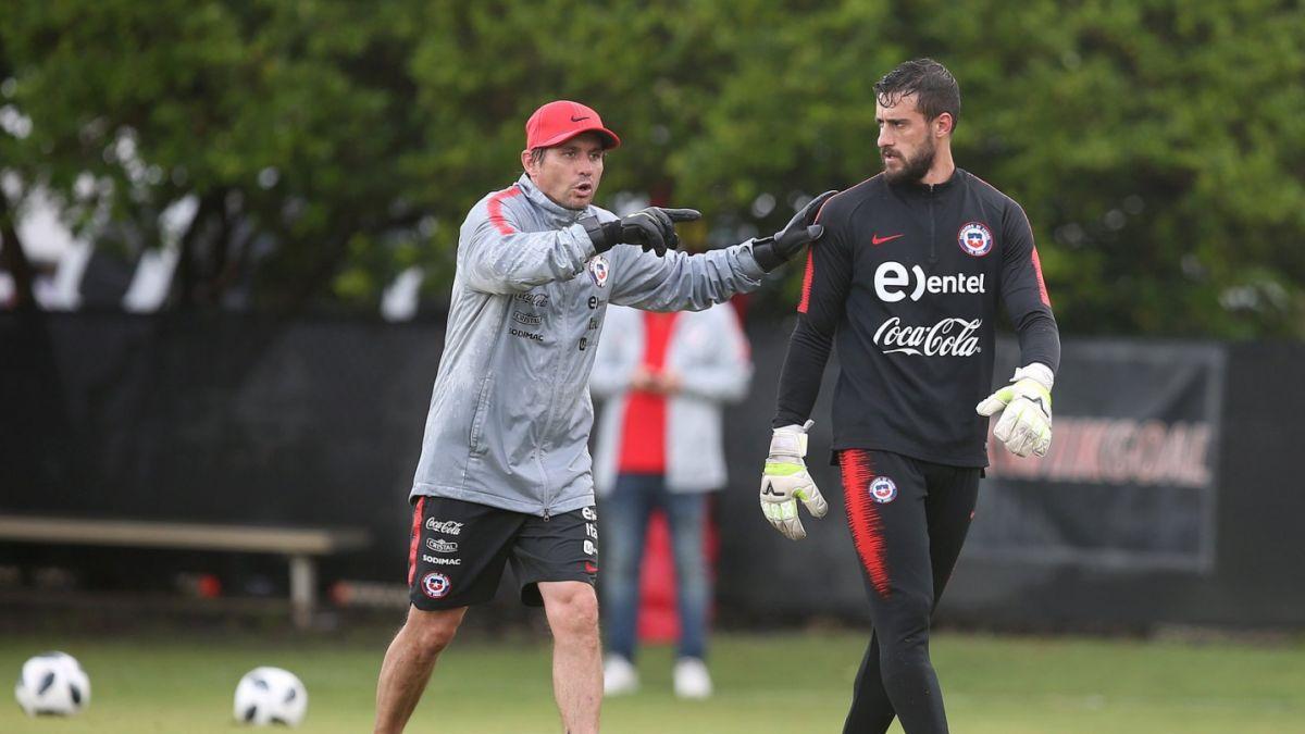 Ex seleccionado chileno lanza dura crítica contra Reinaldo Rueda