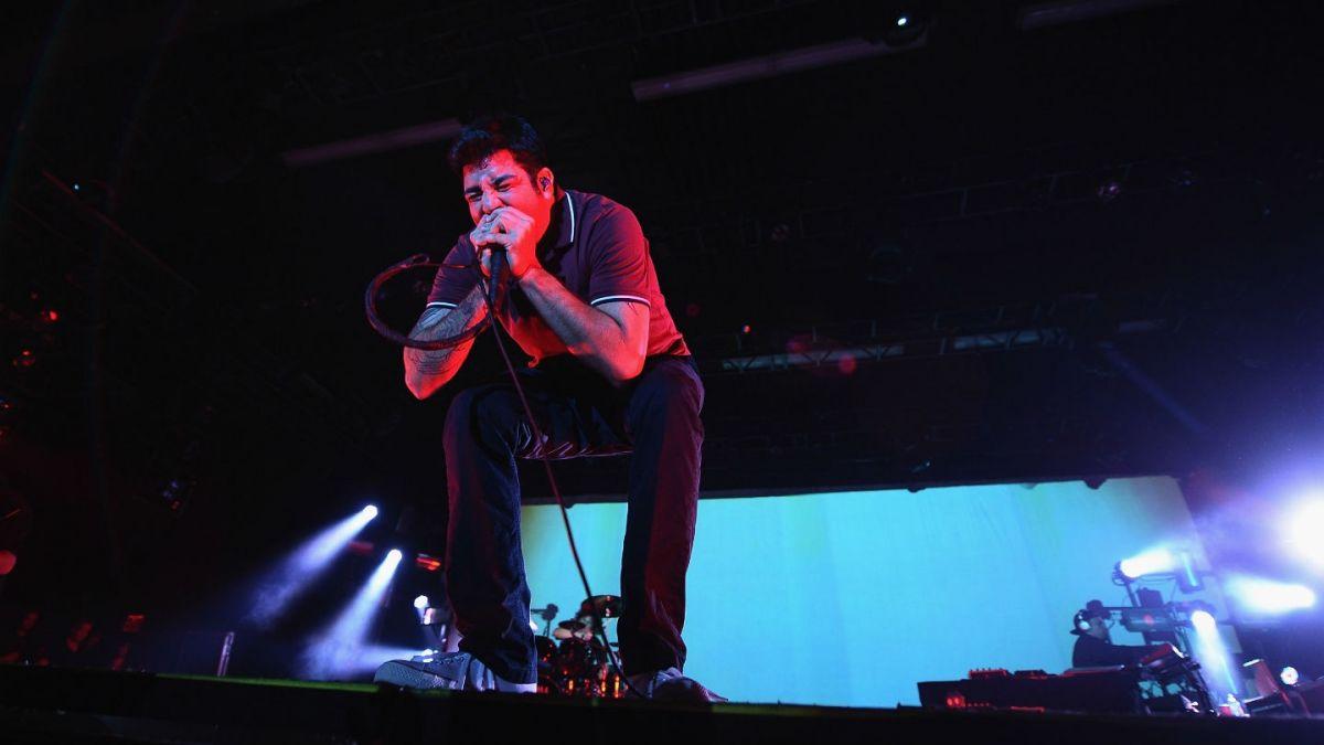 Cómo Asesinar a Felipes estrenó canción con vocalista de Deftones