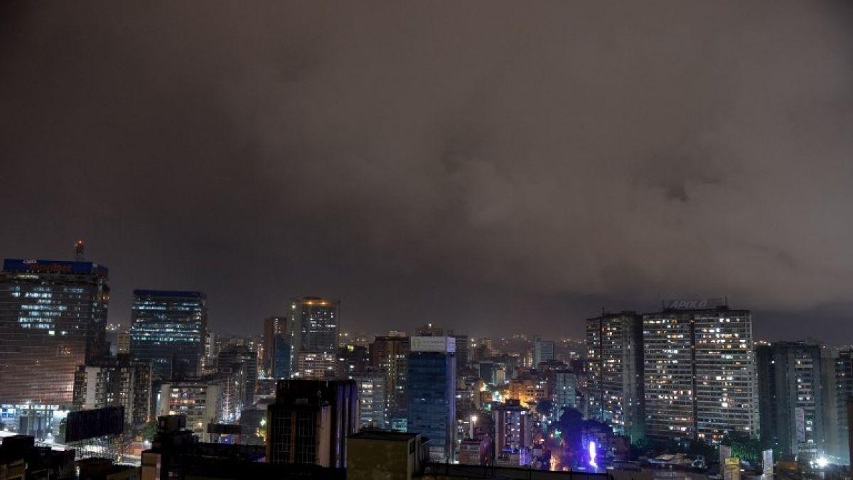 Buena parte de Venezuela sigue sin luz por explosión en planta eléctrica