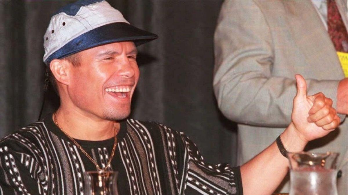 Ex boxeador Julio César Chávez inhaló cocaína en el baño del Papa Juan  Pablo II