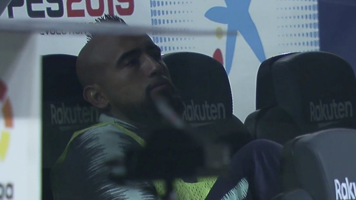 Valverde admite que la situación de Arturo Vidal es un problema — Barcelona