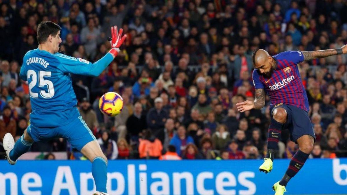 [VIDEO] Así se entra papá: La reacción de Gary Medel al gol de Arturo Vidal por el Barcelona