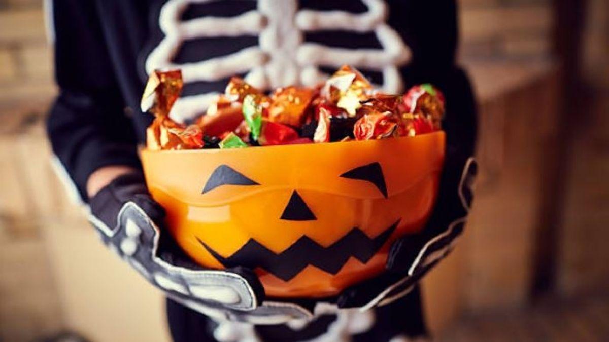 Halloween: Niño de 5 años salió a recoger dulces y regresó drogado