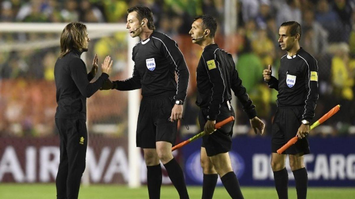[VIDEO] El descontrolado reclamo de Beccacece tras eliminación en Copa Sudamericana