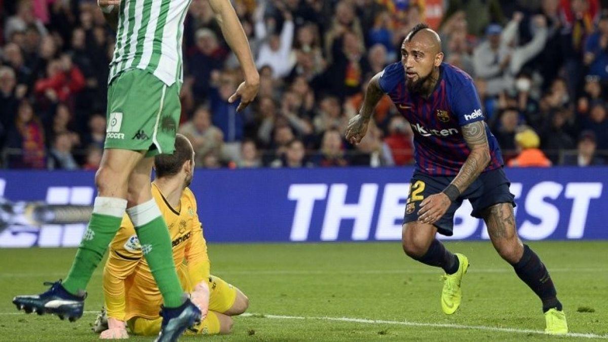 Gol y asistencia de Vidal no bastaron en la derrota del Barcelona frente al Betis