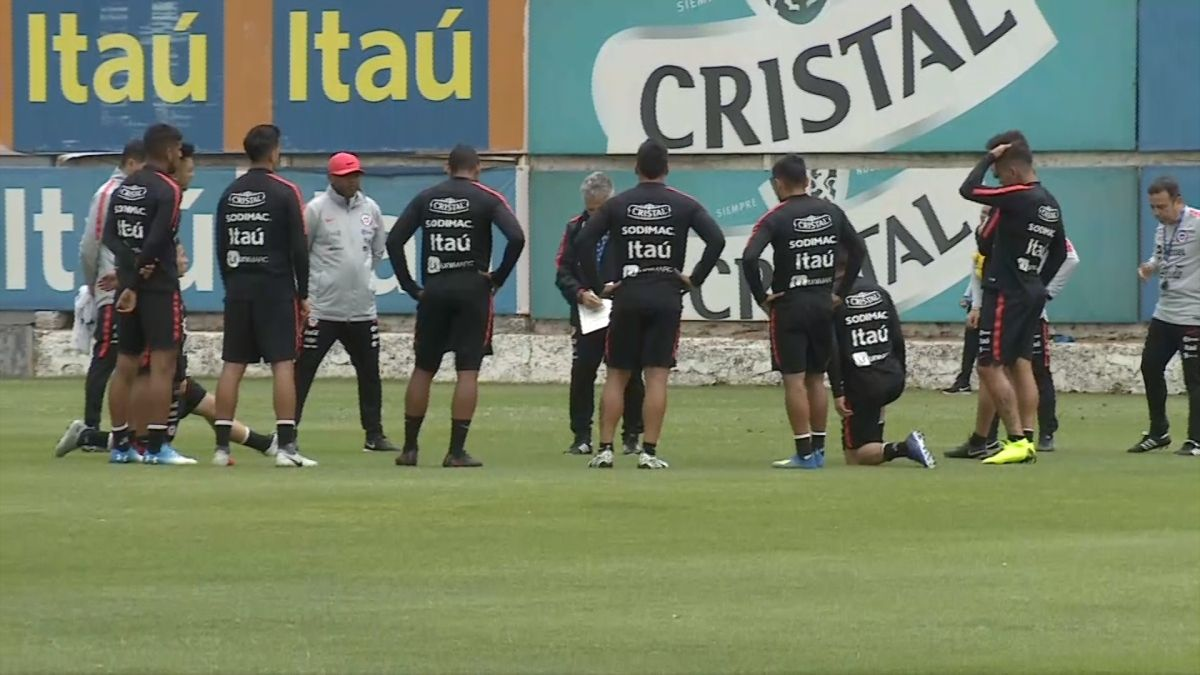 Selección chilena entrena de cara al amistoso frente a Costa Rica