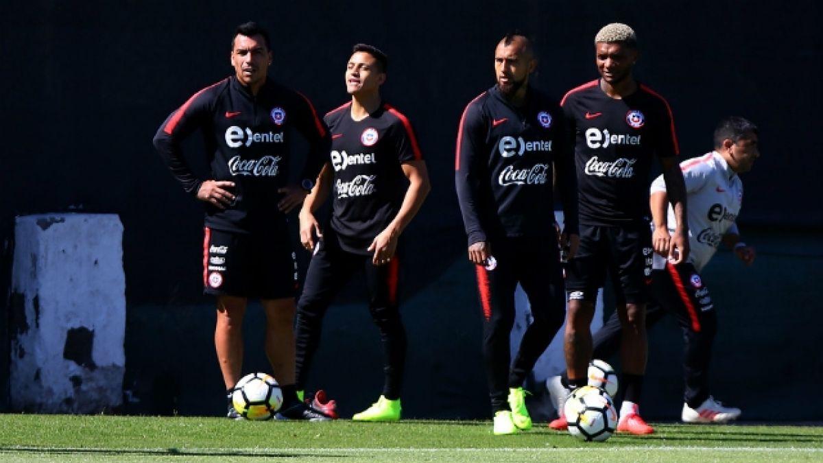 [VIDEO] Las novedades que dejó una nueva práctica de La Roja de cara al duelo con Costa Rica
