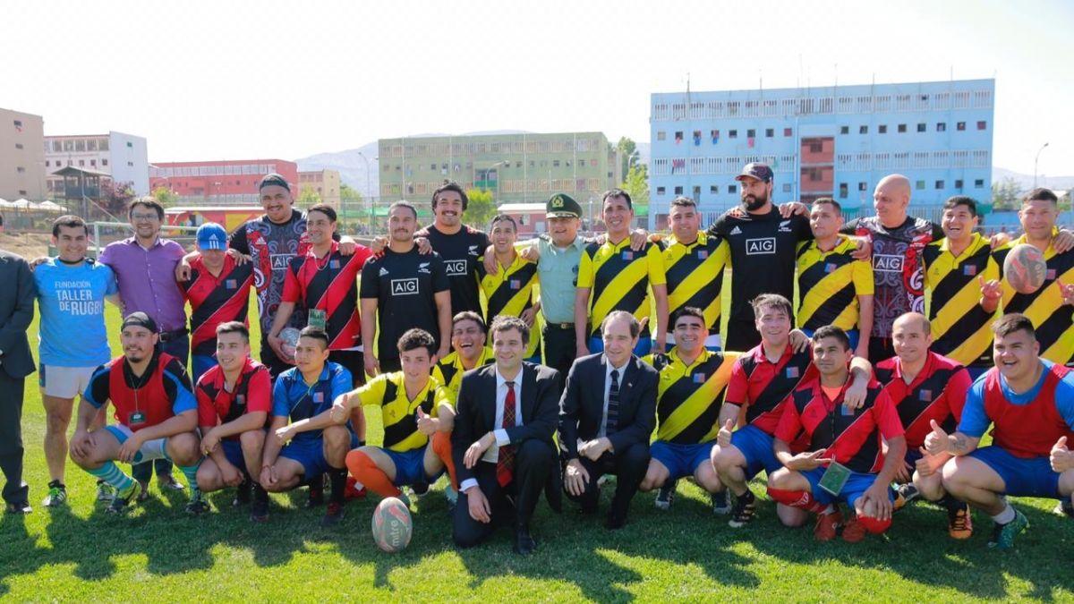 Autoridades de Justicia participan en clínica deportiva de Maorí All Blacks e internos de Colina 1