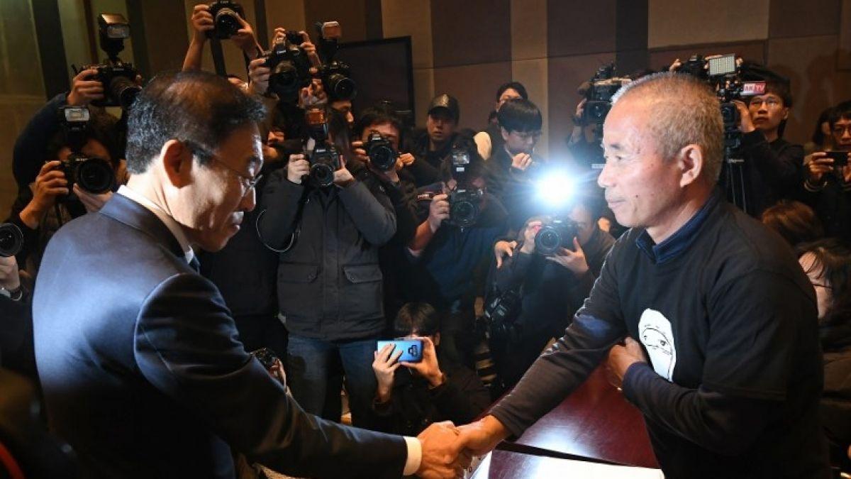 Samsung se disculpa con empleados que contrajeron cáncer tras su labor en fábricas