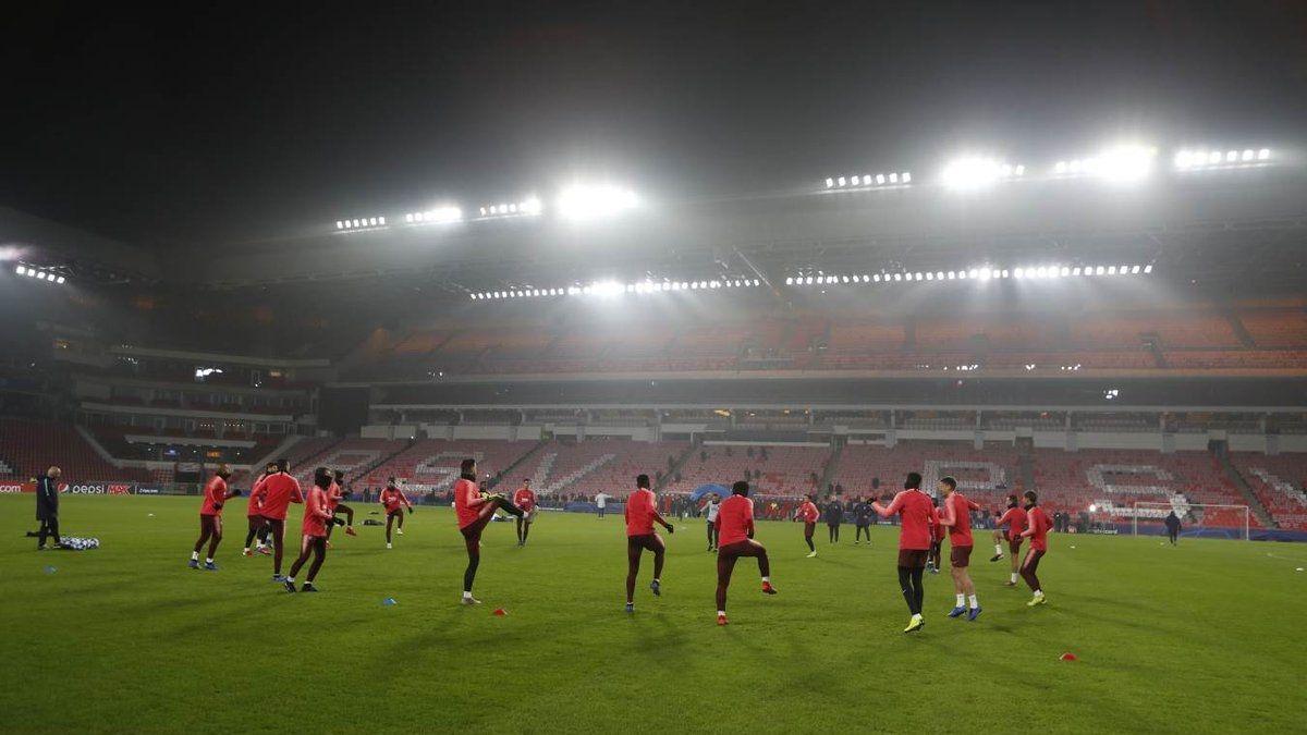 [VIDEO] Así preparan FC Barcelona y Arturo Vidal el duelo ante PSV por la Champions