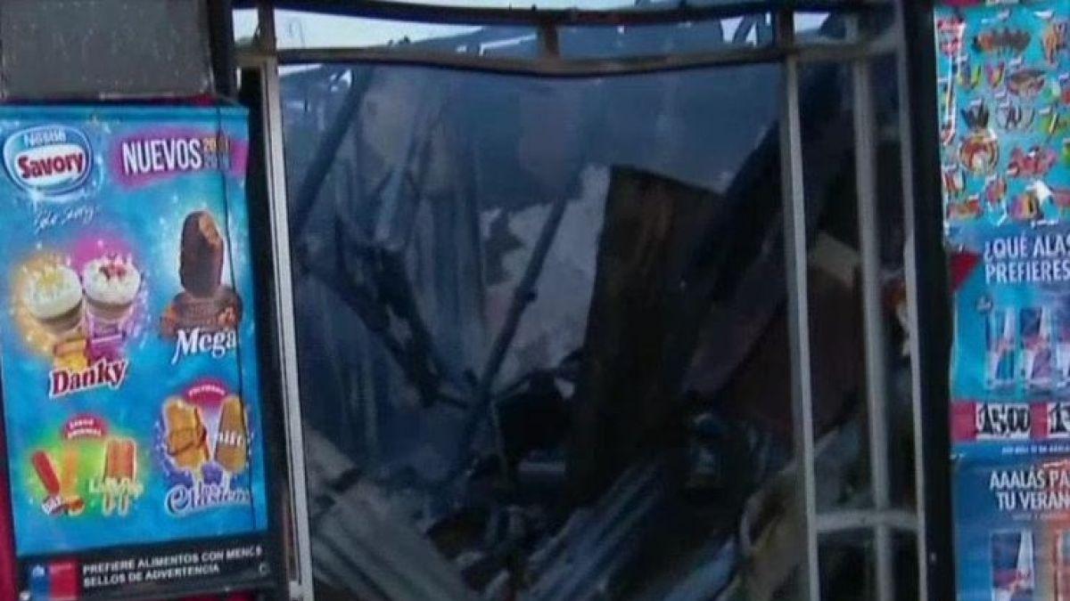 [VIDEO] Incendio consume cinco viviendas y dos locales en Independencia