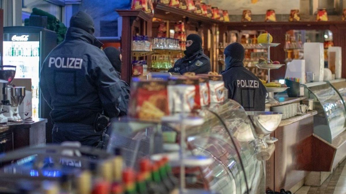 Más de 90 detenidos en operación policial internacional contra la mafia italiana