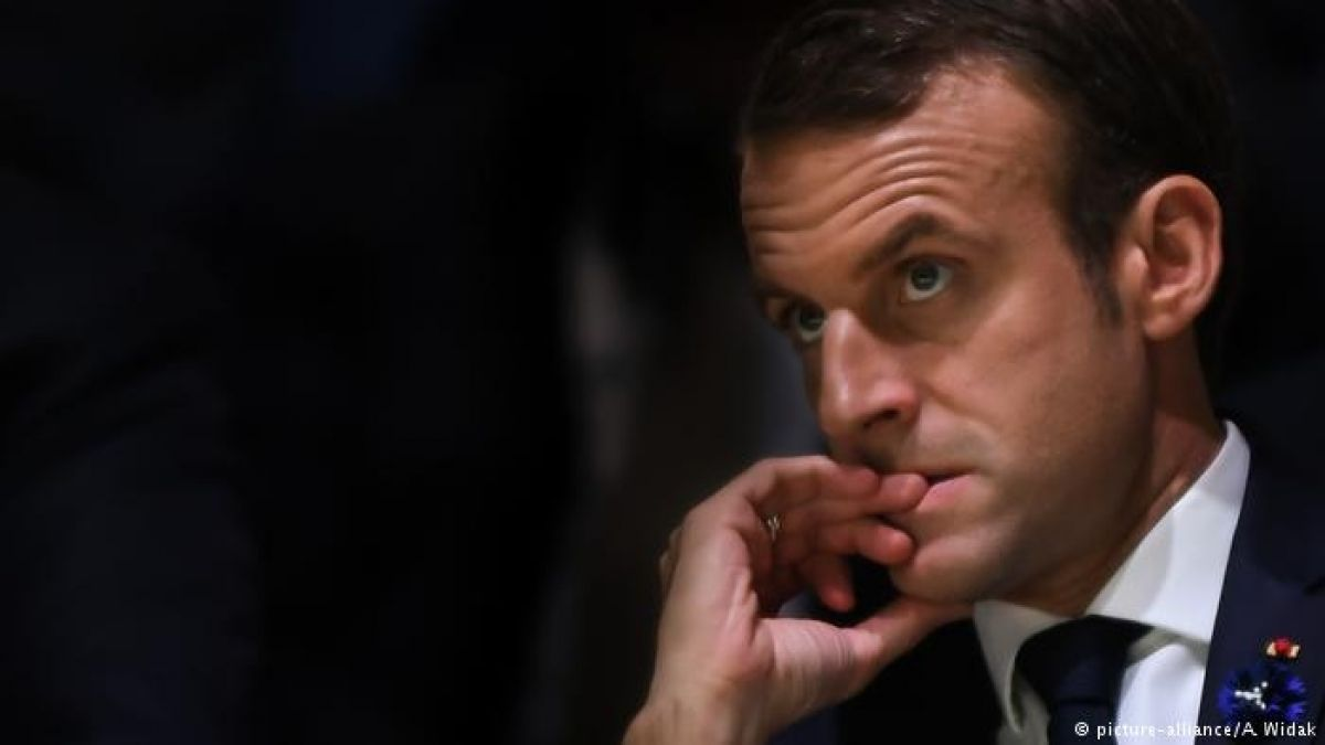 """""""Chalecos amarillos"""" se imponen y logran que gobierno francés desista del impuesto a carburantes"""