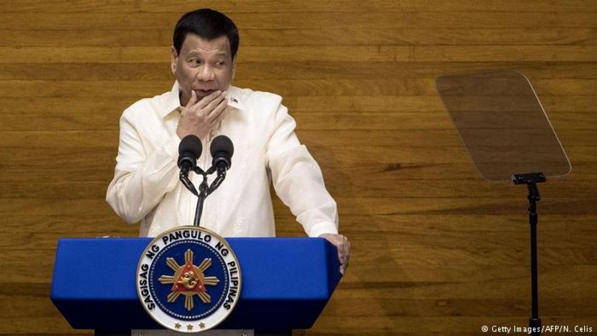 Presidente de Filipinas llama a matar obispos por ser