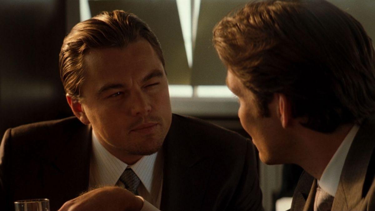 Exigen a Leonardo DiCaprio devolver un premio Oscar que no ganó