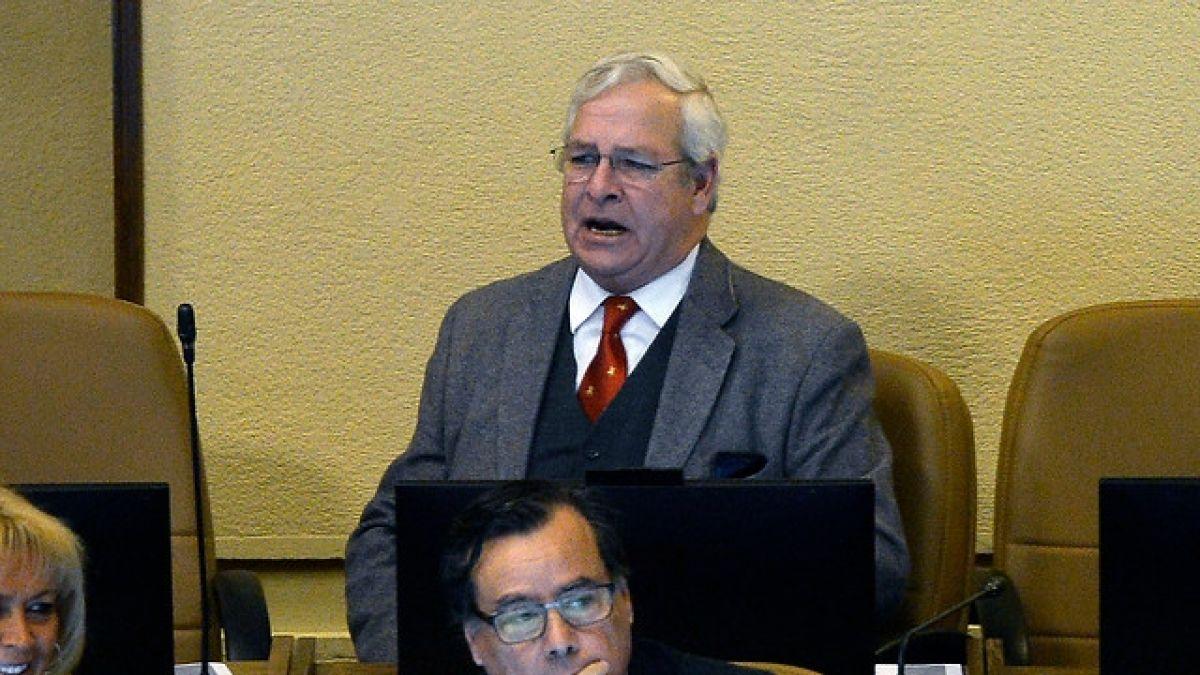 El polémico Ignacio Urrutia puede convertirse en el primer diputado de J.A. Kast