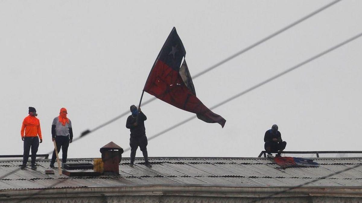 Prolongado paro de portuarios chilenos se agudiza y amplía