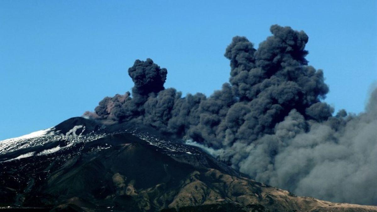 Etna entra en erupción: el volcán más activo de Europa