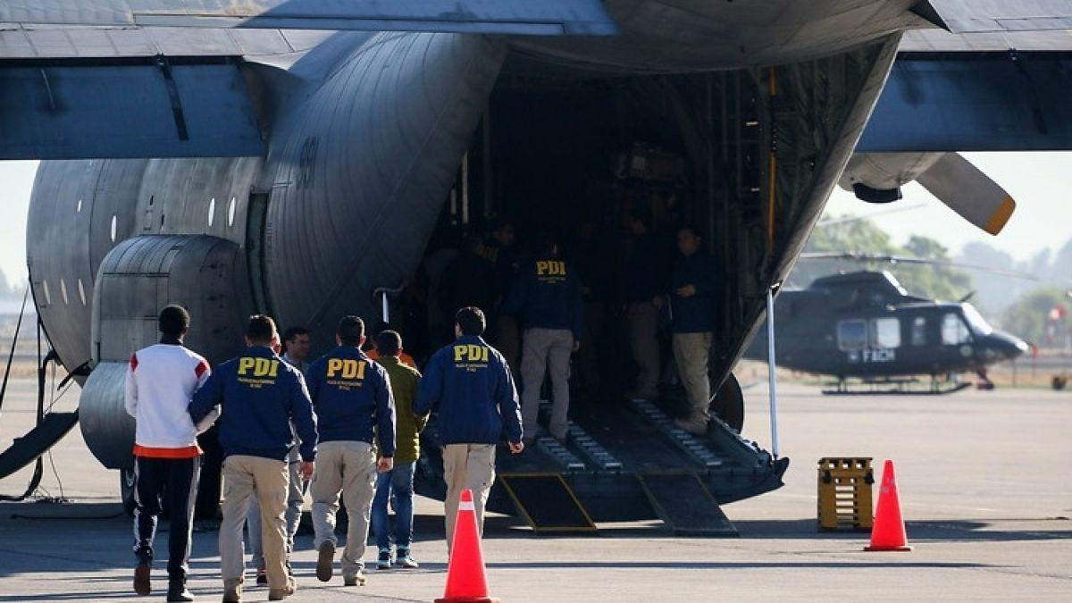 Gobierno chileno expulsó a 21 colombianos por varios delitos