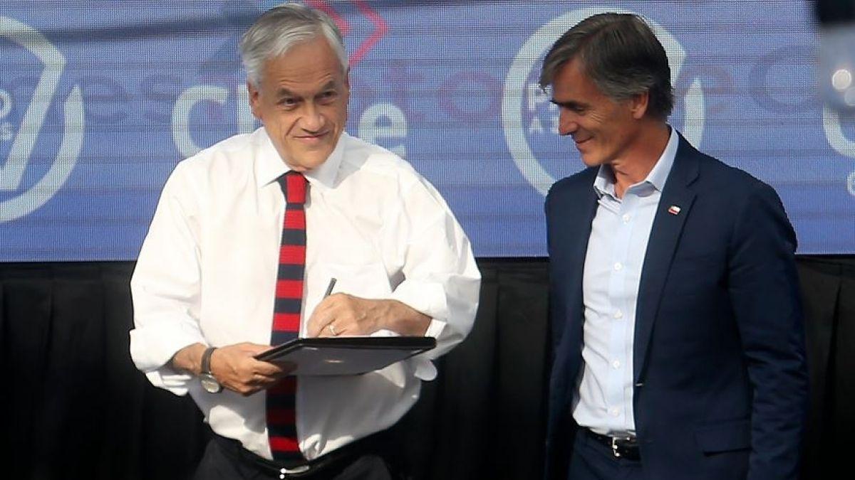 Presidente chileno defiende su gestión económica y critica a los