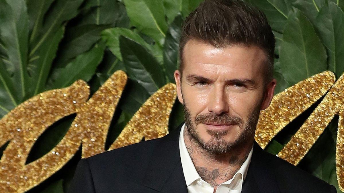 7a97bf7c5 [FOTO] David Beckham sorprende al posar con un extravagante maquillaje en  revista británica