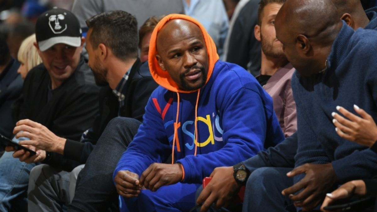 [VIDEO] La absurda ostentación de Floyd Mayweather
