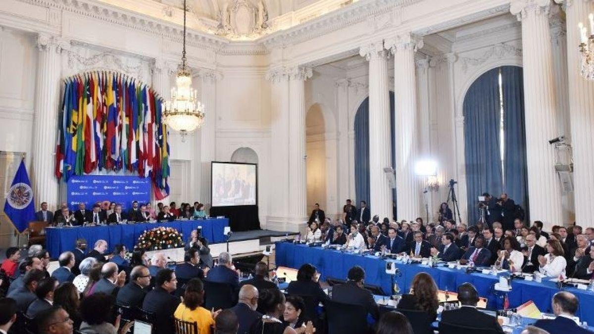 OEA declara ilegítimo nuevo gobierno de Maduro