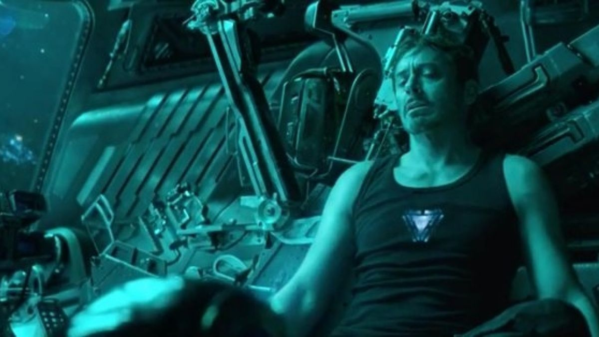 Avengers: Endgame: El personaje que rescataría a Tony Stark antes de que muera en el espacio