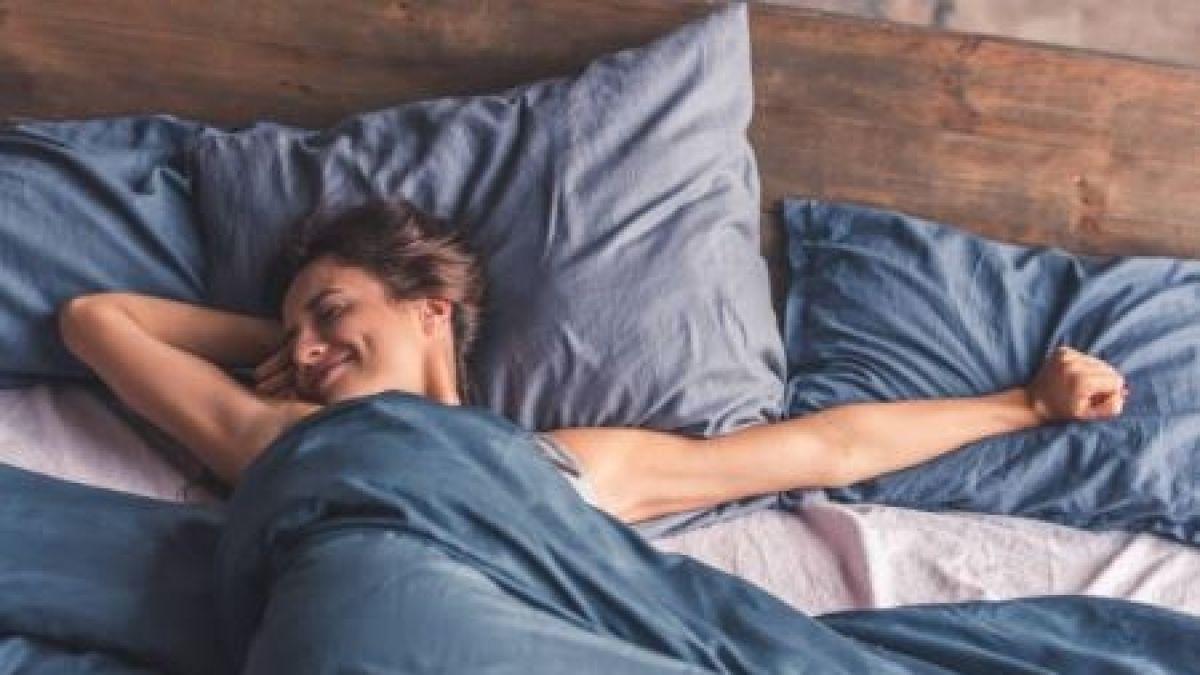 [FOTOS] ¿Te cuesta dormir? Siete consejos para conciliar el sueño con altas temperaturas